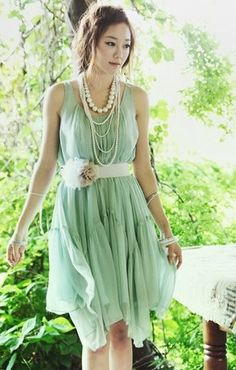Special Flower Wrinkle Abnormity Sleeveless Dress with Belt Green