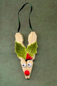 easy clothespin reindeer                                                                                                                                                                                 More