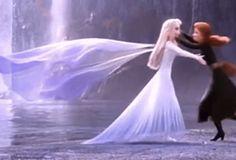 Let it go, let it gooooo Heros Disney, Walt Disney Pixar, Disney And Dreamworks, Disney Movies, Disney Art, Frozen Two, Elsa Frozen, Frozen Sisters, Disney Princess Frozen