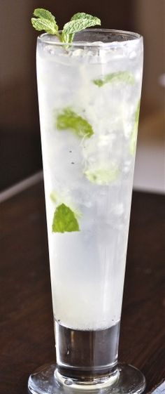 Print Pear Mint Mojito Ingredients:5 sprigs of mint 1 pear, peeled, cored and muddled 1/2 ounce simple syrup 1/4 of a fresh vanilla bean 1/2 ounce lime juice 2 ounces - 10 Cane Rum 2 ounces of soda waterInstructions:Place the mint sprigs in the bottom of a glass add ice on top of mint. In …