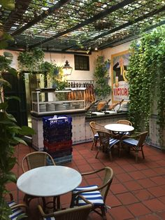 El Pimpi, Malaga, Spain Malaga, Andalusia, Restaurants, Beautiful Places, Things To Come, Patio, How To Plan, Outdoor Decor, Home Decor