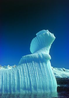 Spiral iceberg in Antarctica Nature Pictures, Cool Pictures, Cool Photos, Beautiful World, Beautiful Places, Snow And Ice, Pics Art, Science And Nature, Nature Nature