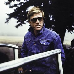 Robert Redford On the set of 'Downhill Racer' (1969) …so I'm blogging this lil' beaut on behalf of both myself and my RedSista bonjour-paige as we realised that we'd both made this somewhat epic photo...