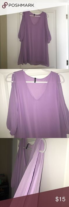 Lulu's lilac 3/4 open sleeve dress Lulu's women's lilac shift dress. V neck, 3/4 open sleeves. Size small Lulu's Dresses Long Sleeve
