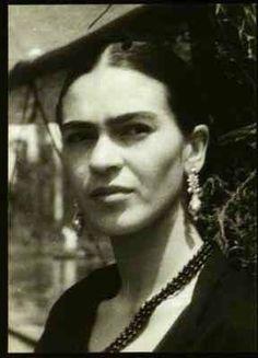 Frida sempre teve orgulho de ser Mexicana