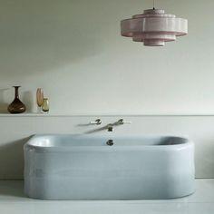 ✨✨ . . . @watermonopoly #bathroom #bath #sohobath #bathroomdecor #bathroomdesign #watermonopoly #interiordesign #interiorstyle #interiorinspiration #minford #minfordjournal #twighutchinson