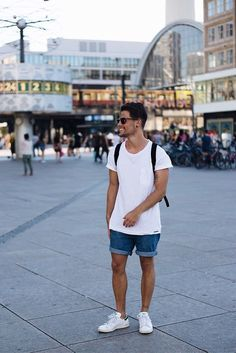 Kevin Elezaj - Adidas Sneakers, Levi's® Shorts, Topman T Shirt, Ray Ban Glasses - June 26
