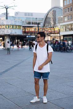 Kevin Elezaj - Adidas Sneakers, Levi's® Shorts, Topman T Shirt, Ray Ban Glasses - June 26