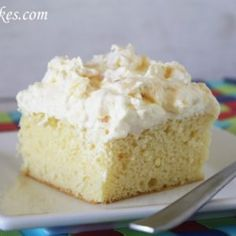Sugar-Free Pineapple Lush Cake. This is a yummy recipe for a sugar-free dessert that's easy to make and has only a few ingredients! Perfect for diabetics!