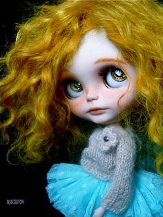 Réservés pour F Ooak Custom Art Blythe Doll Goldie par aline8
