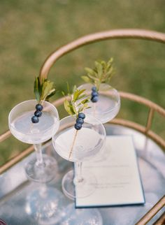 His and hers cocktails | The perfect amount of vintage flare for a beach wedding at Charleston's Island Resort #wilddunesweddings bit.ly/1ZuZSd7