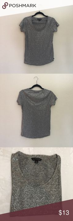 Rock & Republic Gray Foil Glitter T-Shirt XS Measurements laid flat: width 16.5 inches, length 24.5 inches. Materials: 85% Polyester 15% linen. Excellent condition! Rock & Republic Tops Tees - Short Sleeve