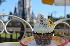 Where to Find Special 'Frozen'-Themed Treats at Magic Kingdom Park Today