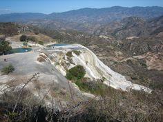 cascada de las aguas petrificadas Hierve el agua - Mexico