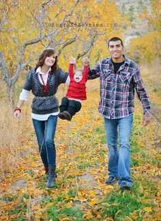 Green bluff idea and I love her outfit!!  Family photo idea love the navy and red