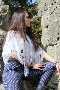 Styish Trendy Ponchos - With every bB poncho that you purchase, you empower an artisan and help children in need in Bolivia. Tribal Fashion, Colorful Fashion, Unique Fashion, Children In Need, Tribal Style, Stay Fresh, Knitwear, Fashion Accessories, Vegan Life