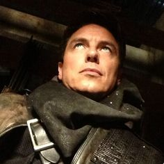 john barrowman What u looming at!