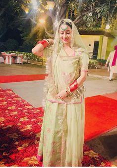 Shivani Rathore 💫 New Bridal Dresses, Bridal Outfits, Deepika Padukone Dresses, Rajasthani Dress, Indian Lehenga, Black Lehenga, Indian Wedding Photography Poses, Rajputi Dress, Indian Fashion Dresses
