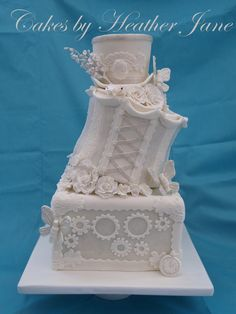 Steampunk Elegance by Cakes by Heather Jane (1/23/2013)  View details here: http://cakesdecor.com/cakes/44994