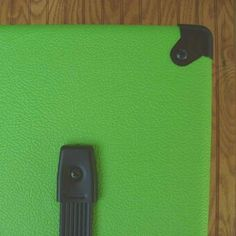 Apple-green-Bronco-Levant-tolex-LIME-GREEN-NEW-34-WIDTH
