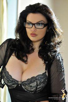 #MoonRayPicks Beautiful Hot Models