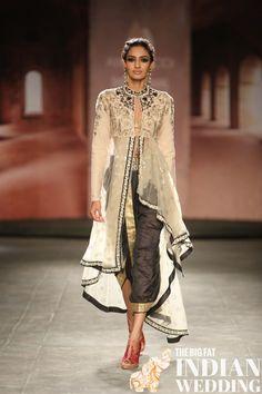 Anju Modi India Couture Week 2014 28