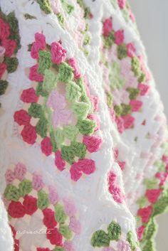 Ravelry: ameva's Cherry Blossom Blanket ༺✿ƬⱤღ  https://www.pinterest.com/teretegui/✿༻