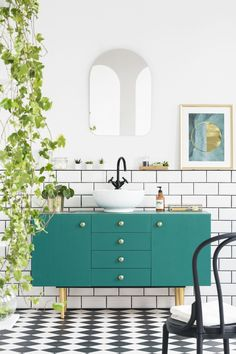 We are wild about blue paint colors in the bathroom. If you are considering a new paint color scheme for your bathroom then we have something for you. Aegean teal is the perfect color to add sophistication to your home. Keep reading as we share 11 ways to use Benjamin moore's 2021 color of the year Aegean teal. Hadley Court Interior Design Blog by Central Texas Interior Designer, Leslie Hendrix Wood Bathroom Wall Lights, Bathroom Wall Decor, Bathroom Colors, Bathroom Furniture, Bathroom Interior, Bathroom Ideas, Colorful Bathroom, Bathroom Plants, Bath Ideas
