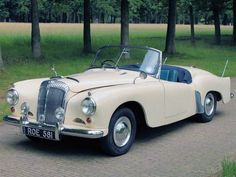 1953 Daimler Conquest Convertible     viadoyoulikevintage   (Source: 1953s)