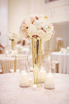 Ideas para centros de mesa en rosa y dorado.:
