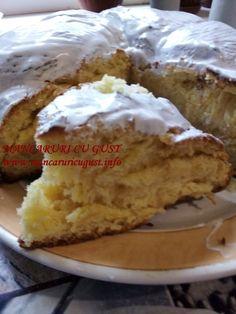 Cozonac rotund de casa French Toast, Pie, Breakfast, Desserts, Food, Torte, Morning Coffee, Tailgate Desserts, Cake