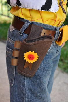 Toy Story Woody's Gun Holster Costume Piece by TheFeistyDragon on Etsy Toy Story Kostüm, Festa Toy Story, Toy Story Party, Toy Story Costumes, Diy Costumes, Halloween Costumes, Brown Cowboy Hat, Cowboy And Cowgirl, Cowboy Party