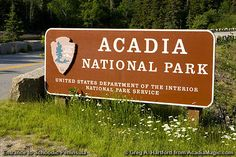 This shows the sign at the entrance point to Acadia National Park on the Schoodic Peninsula in Maine, the only portion of the park on the ma. Acadia National Park Camping, Grand Canyon Camping, Grand Canyon National Park, National Park Posters, Us National Parks, Acadia Maine, Camping San Sebastian, Mount Desert Island, Florida Camping