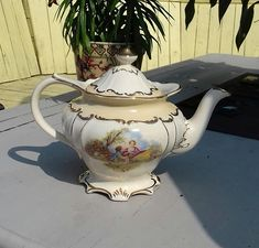 sadler teapot footed fragonard romantic sheep scene gold gilt vgc #46