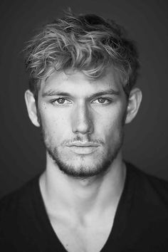 Alex Pettyfer--He was my favorite in Magic Mike. Love Channing! But this guy stole the show!