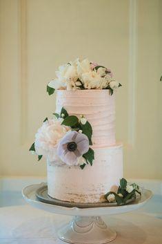 An Enchanted Garden Wedding in Vancouver | Weddingbells Pretty Wedding Cakes, Unique Wedding Cakes, Enchanted Garden Wedding, Custom Bookmarks, Flower Company, Groom And Groomsmen, Little Princess, Newlyweds, Got Married