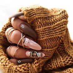 89 Most Gorgeous Nails Ideas for Winter Season You Will Feel Warm - Chicbetter Inspiration for Modern Women Nail Swag, Perfect Nails, Gorgeous Nails, Hot Nails, Hair And Nails, Cute Almond Nails, The Art Of Nails, Nagel Bling, Geometric Nail