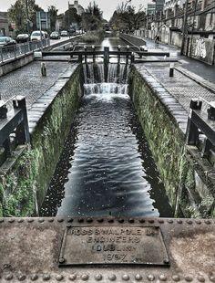 Royal canal, Dublin City, Ireland - Such rich history! Ireland Vacation, Ireland Travel, Landscape Photography, Travel Photography, Low Maintenance Landscaping, Driveway Landscaping, Modern Landscaping, Ireland Landscape, Wanderlust