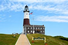 12 Perfect Last-Minute Weekend Getaways To Plan This Summer  #refinery29  http://www.refinery29.com/last-minute-vacation-ideas#slide-13  Montauk, NY How to get there: Drive as far east as you can go from New York, or hop on the Hampton Jitney, a bus that departs almost hourly from various points around the city. (The Jitney also connects from JFK and LaGuardia airports, if you happen to score a cheap flight into NYC for the weekend.) There's also a train from NYC and a ferry that runs from…