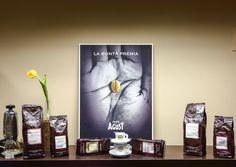 Elegant, intense and creamy! Caffè Agust from Brescia! Agust, Shops, Italian Coffee, Vienna Austria, Online Shopping Stores, Coffee Shop, Beans, Elegant, Italian Cafe