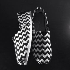 Chevron TOMS! CUTE! uggcheapshop.com    cheap ugg boots for Christmas  gifts. lowest price.  must have!!!
