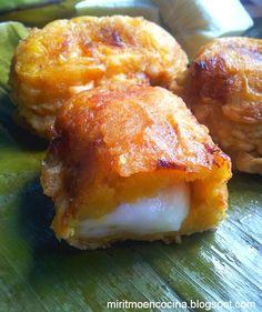 Colombian Cuisine, Colombian Recipes, Plantain Recipes, Great Recipes, Favorite Recipes, My Cookbook, Weird Food, Latin Food, Italian Recipes