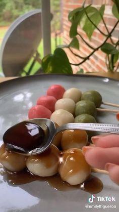 Fun Baking Recipes, Cooking Recipes, Easy Snacks, Healthy Snacks, Aesthetic Food, Food Cravings, Diy Food, Japanese Food, Food Hacks