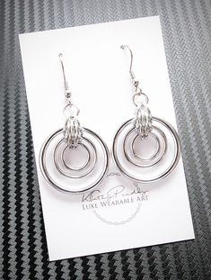 Illusion Loops Chainmaille Earrings #Chainmaille #Earrings #IllusionLoops #Handmade
