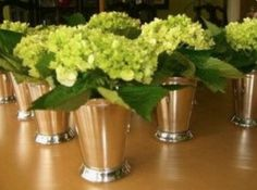 Step by Step Guide on How to Host the Best Kentucky Derby Party – Spor Tips And Tricks, Eyeliner Tutorial, Kentucky Derby Fundraiser, Kentucky Derby Party Ideas, Mint Julep Cups, Run For The Roses, Derby Day, Derby Time, Derby Dinner