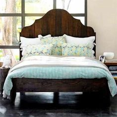 rustic pallet headboard cut into formal shape! I would like to use old wood from grandparents barn!