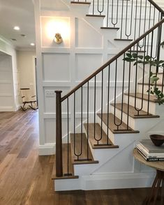 Home Decor Art Entry goals by this weekend. Absolutely love the board and batten with the detailed iron railing. Decor Art Entry goals by this weekend. Absolutely love the board and batten with the detailed iron railing. Wrought Iron Stair Railing, Stair Railing Design, Stair Handrail, Staircase Railings, Stairways, Railing Ideas, Banisters, Stair Idea, Iron Spindles
