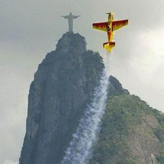 The Cristo Redentor in Rio de Janeiro. This shot is really insane!!!