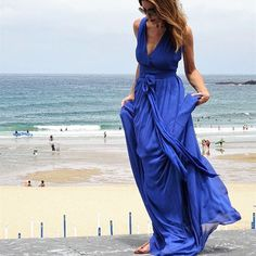 Fabulous dresses for a weekend at the beach | For more style inspiration visit 40plusstyle.com Fashion Over 40, Fashion Tips, Fabulous Dresses, Photos Of Women, Style Me, Style Inspiration, Beach, Pretty, How To Wear