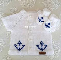 Crochet baby hoodie free pattern knit sweaters New ideas Baby Cardigan, Baby Boy Sweater, Baby Pullover, Baby Vest, Baby Sweaters, Knit Sweaters, Knit Vest, Crochet Baby Poncho, Baby Boy Knitting